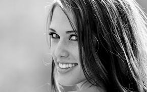 Картинка взгляд, улыбка, волосы, черно-белое, Tiffany Thompson