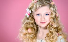 Картинка цветы, волосы, портрет, девочка, голубые глаза, кудри, локоны