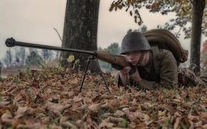 Картинка природа, засада, солдат, каска, противотанковое ружье