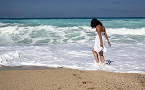 Картинка girl, beach, ocean, walking