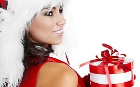 Картинка белый, девушка, красный, улыбка, праздник, подарок, цвет, новый год, мех, new year