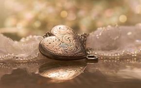 Картинка отражение, сердце, кулон