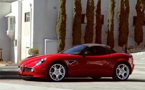 Картинка деревья, красный, здание, spider, Alfa Romeo, red, кабриолет, альфа ромео, tree, cabrio, building
