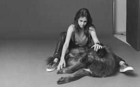 Картинка девушка, собака, черно-белое, Kristen Stewart, Кристен Стюарт, или волк