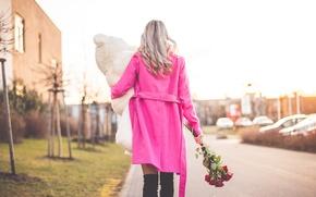 Картинка цветы, медведь, игрушка, пальто, подарок, блондинка, розы, розовое, девушка