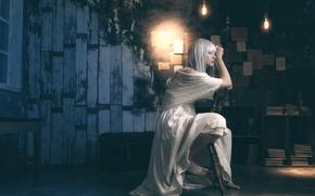 Картинка лампы, комната, стул, восточная девушка