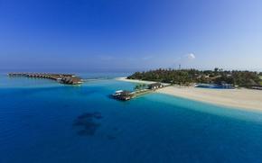 Картинка мальдивы, голубая вода, райский остров, бунгало на море на сваях