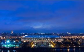 Картинка небо, ночь, огни, река, фонари, Москва, Россия, набережная, стадион, Лужники, Luzhniki Stadium
