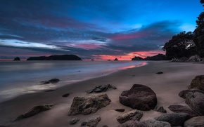 Картинка отлив, зарево, берег, море, вечер, облака, небо, скалы, камни