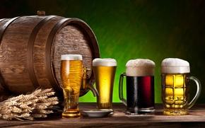 Обои стол, пиво, бочка, кружки, кран, колосья, пена
