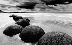 Картинка песок, вода, облака, камни