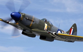 Картинка небо, облака, полет, ретро, самолет, истребитель, пилот, Spitfire