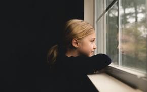 Обои девочка, окно, фон