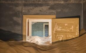 Картинка песок, двери, Abandoned places