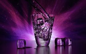 Обои красота, рендеринг, лед, брызги, вода, прозрачный, кубик, кубики, стакан, блеск, капли, льдинки, свет, бокал, blender, ...