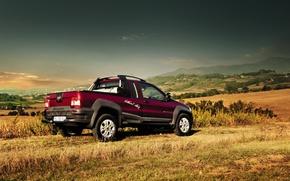 Картинка небо, трава, фото, автомобиль, 2012, Fiat, Strada