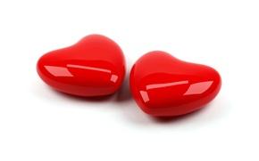 Обои пара, красные, два, сердце, любовь, блестящие