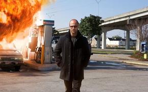 Картинка cinema, fire, flame, Nissan, hitman, bridge, street, man, movie, Jason Statham, assassin, streets, film, sunglasses, …