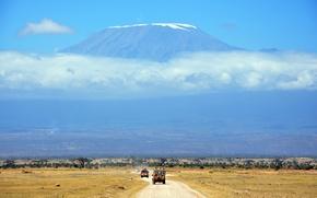 Картинка дорога, небо, облака, пейзаж, отдых, гора, отпуск, саванна, автомобиль, африка, сафари