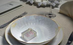 Обои стол, подарок, тарелка