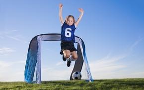 Картинка поле, дети, футбол, спорт, мяч, девочка