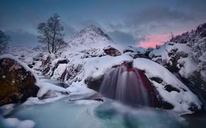 Картинка зима, вода, снег, луна, гора, лёд, поток, вечер, выдержка, Шотландия, Хайленд, Buachaille Etive Mòr
