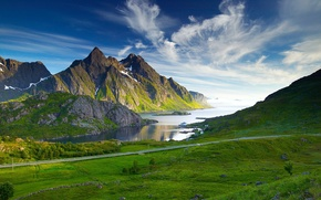 Картинка небо, горы, река, дорога.