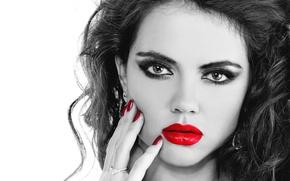 Картинка глаза, взгляд, девушка, ресницы, фон, волосы, рука, макияж, красные ногти, красные губы, маникор