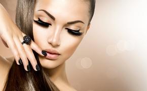 Картинка девушка, ресницы, макияж, кольцо, маникюр, Анна Субботина