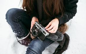 Картинка зима, снег, Девушка, камера, сокол