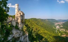 Картинка Baden-Württemberg, горы, Germany, Баден-Вюртемберг, Германия, панорама, замок, скала, Замок Лихтенштайн, Вюртемберг, Württemberg, Lichtenstein Castle, долина