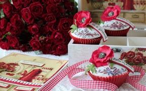 Обои цветок, сладость, цветы, пирожное, шкатулка