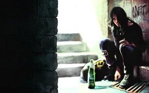 Картинка стена, бутылка, сигарета, ступени, парень, сумка, сидит, art, Benjamin, Zhang Bin
