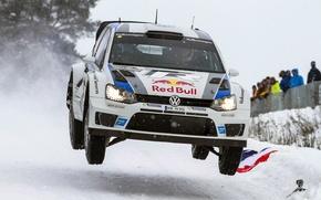 Картинка Зима, Белый, Снег, Спорт, Volkswagen, Машина, Люди, Фары, Red Bull, WRC, Rally, Ралли, Polo, Sebastien …