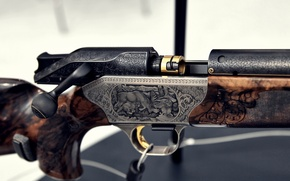 Картинка макро, ружьё, гравировка, затвор, ARMS & Hunting 2012, Blaser R8 Custom Grade II, 8x68S