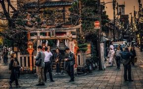 Обои автомобили, улицы, люди, рестораны, Япония, Киото, быт, фонарные столбы, фотограф