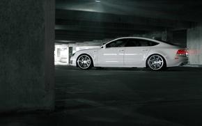 Картинка Audi, Ауди, Машина, Тюнинг, Белая, парковка, White, Tuning, Vossen