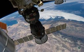 Картинка космос, поверхность, корабль, Земля, космический, Союз, пилотируемый, ТМА-7