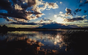 Картинка волны, небо, вода, облака, озеро, Закат, камыш