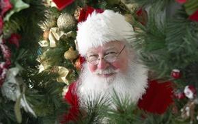 Картинка украшения, детство, улыбка, настроение, праздник, шары, новый год, ёлка, санта клаус, санта
