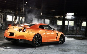 Картинка Orange, Nissan, GT-R, Car, Smoke, Sport, Wheels, Rear