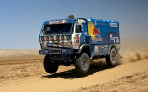Картинка Скорость, Грузовик, Фары, Red Bull, KAMAZ, Rally, КАМАЗ, Dakar, Мощь, Передок, Стоп кадр