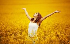 Обои цветы, широкоэкранные, HD wallpapers, свобода, обои, девушка, поле, полноэкранные, background, fullscreen, руки, широкоформатные, настроения, цветочки, ...