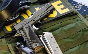 Обои пистолет, оружие, фонарик, police, магазины, kimber