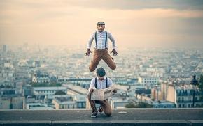 Обои город, прыжок, танец, газета, French Wingz
