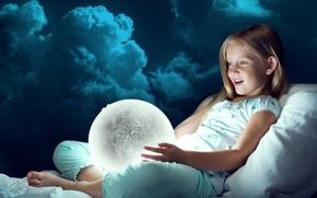 Обои девочка, луна, удивление, радость, облака, светильник