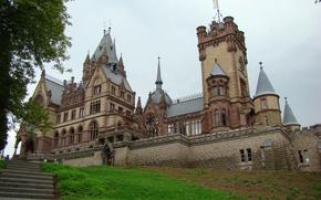 Картинка трава, город, фото, замок, Германия, лестница, Drachenburg