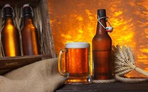 Картинка пена, стол, пиво, кружка, бутылки, ящик