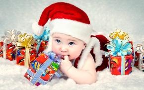 Картинка праздник, костюм, подарки, ребёнок, колпак, коробки, голубоглазый