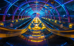 Картинка свет, метро, Япония, арка, эскалатор, транспортер